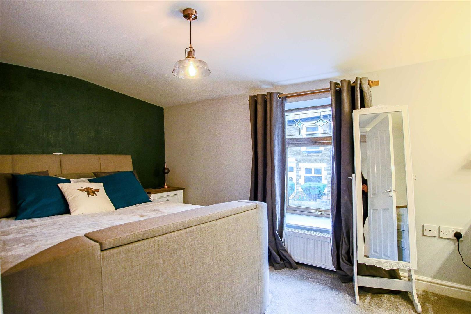 2 Bedroom Terraced Cottage For Sale - Image 17